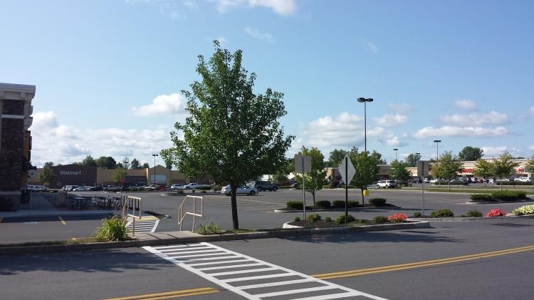 20150828_101618 WMT Walmart Supercenter US-NY-Plattsburgh 25 Consumer Square
