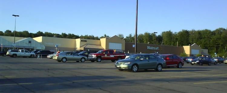 DSC09314 WMT Walmart Supercenter US-NY-Central Square 3018 East Avenue