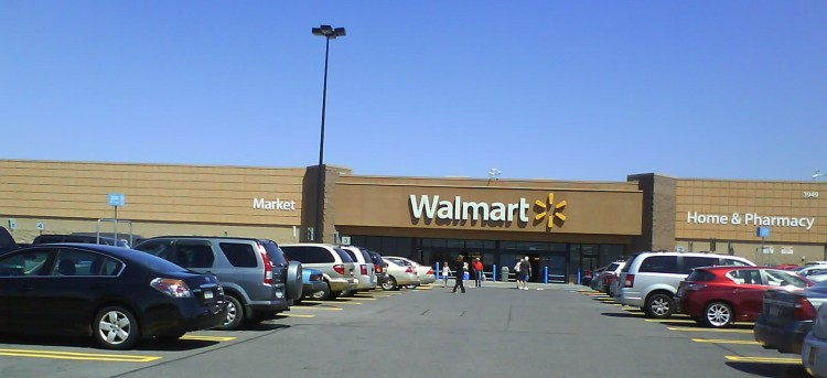 DSC09540 WMT Walmart US-NY-Clay 3949 State Route 31