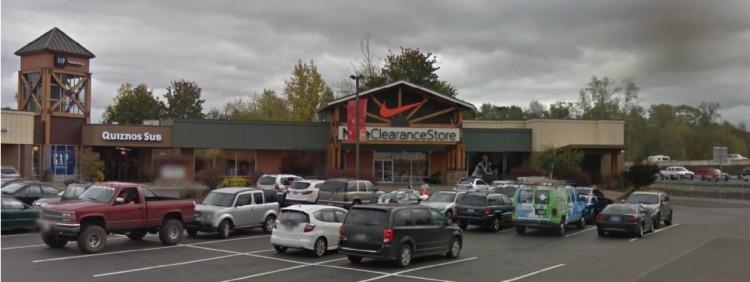 Nke Nike Clearance Store 140 West High Street Centralia Wa 2 Google