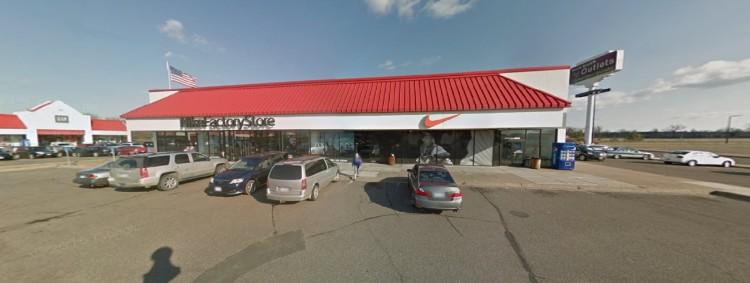 nke-nike-factory-store-38500-tanger-drive-north-branch-mn-4-https___www-google